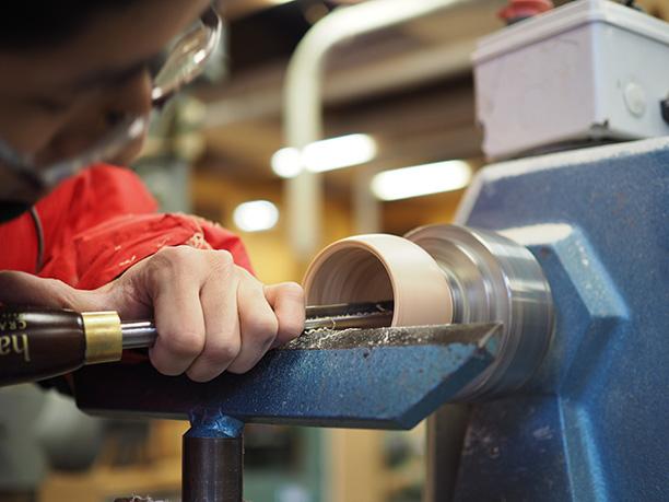 手工具、木工機械を一から習得、基本技術を磨く