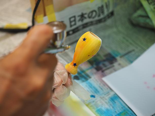 エアブラシや漆など、塗装技術で付加価値をつける