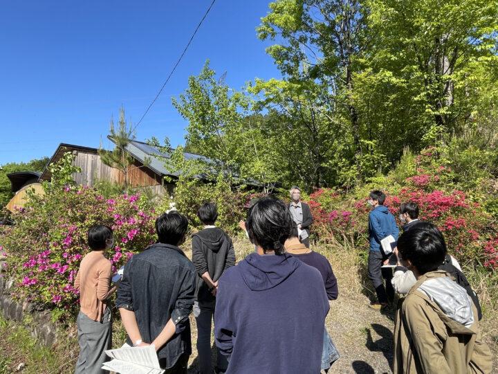 木材乾燥庫「活木処」に今年の材木がしまってあります。